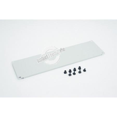 Triton 19' Blindplatte, steckbar, 2 HE, Stahlblech, hellgrau RAL 7035, mit Kunststoffstöpsel Zur Abdeckung der freien Räume zwischen den 19' Profilen