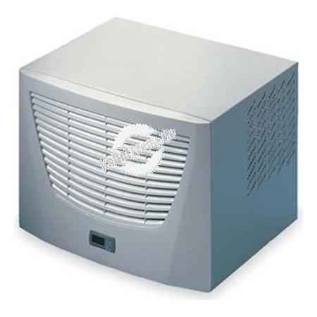 Rittal IT 3301.800 IT Dachaufbau-Kühlgerät Nutzkühlleistung 3000 Watt, unter anderem geeignet zur Montage auf dem Serverschrank 61578142K4 Spezielles IT-Dachaufbaukühlgerät. Die interne Luftführung fördert die Kaltluft direkt vor die vordere 19 Zoll-Ebene